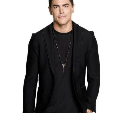 Thanksgiving Eve hosted by Tom Sandoval 11/25-img