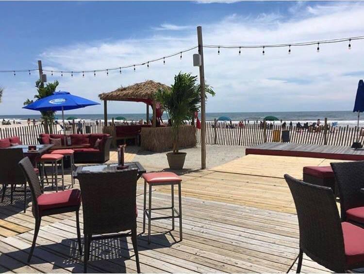 Chelsea Beach Bar Memorial Day Weekend party 2018 | GametightNY.com