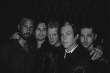 Queens of the Stone Age: Main Image