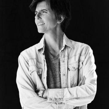 """Tig Notaro's """"Tell Me Everything"""" with guest Laura Dern-img"""