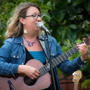 Alison Harris (Beer Garden Music Series)-img