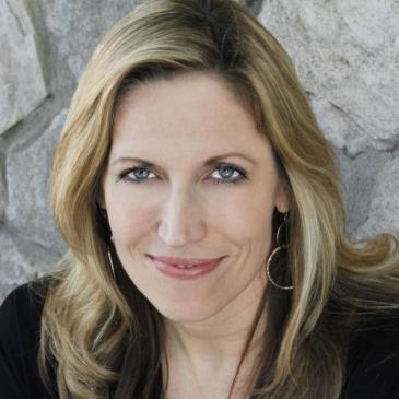 Laurie Kilmartin, Kristen Toomey, & More!: Main Image