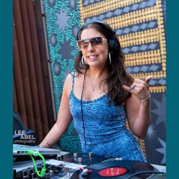 Monday Night Edutainment feat DJ GREEN B-img