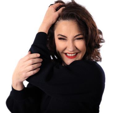 Fiona O'Loughlin (Comedian)-img