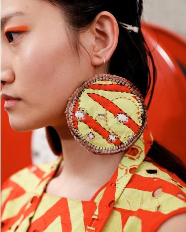 Conversation – Aboriginal and Torres Strait Islander Fashion: Main Image