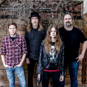 Live In The Lot Presents: Sarah Shook & The Disarmers: Main Image