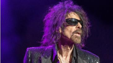 Peter Wolf & The Midnight Travelers:
