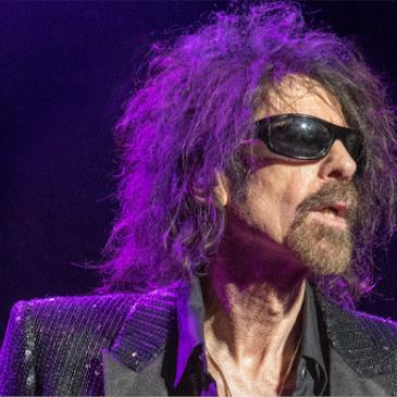 Peter Wolf and the Midnight Travelers-img