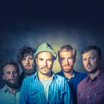 Red Wanting Blue: