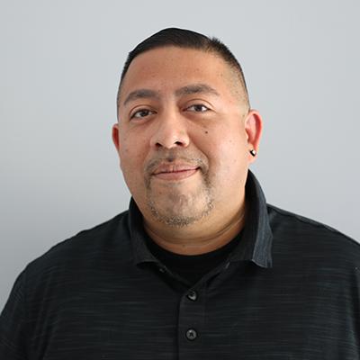 Headshot of Carlos