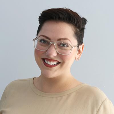 Headshot of Shana